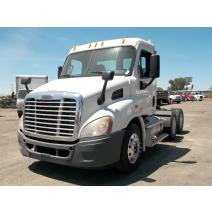 LKQ VALLEY TRUCK PARTS WHOLE TRUCK FOR RESALE FREIGHTLINER CASCADIA 113