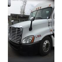 Freightliner CASCADIA 125 WHOLE TRUCK FOR RESALE on LKQ