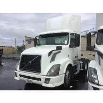 LKQ ACME TRUCK PARTS WHOLE TRUCK FOR RESALE VOLVO VNL