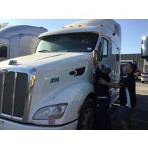 LKQ TEXAS BEST DIESEL WHOLE TRUCK FOR RESALE PETERBILT 587