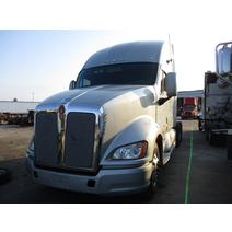 LKQ HEAVY TRUCK – TAMPA WHOLE TRUCK FOR RESALE KENWORTH T700