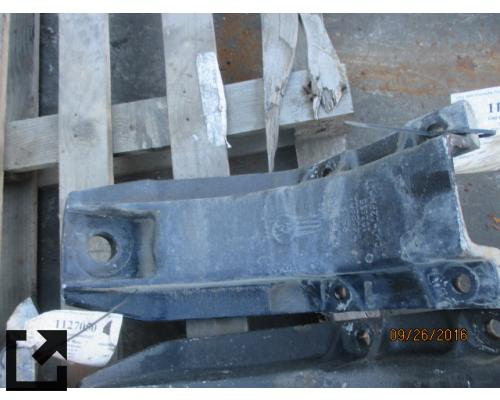 KENWORTH T800 CAB MOUNT,BRACKET