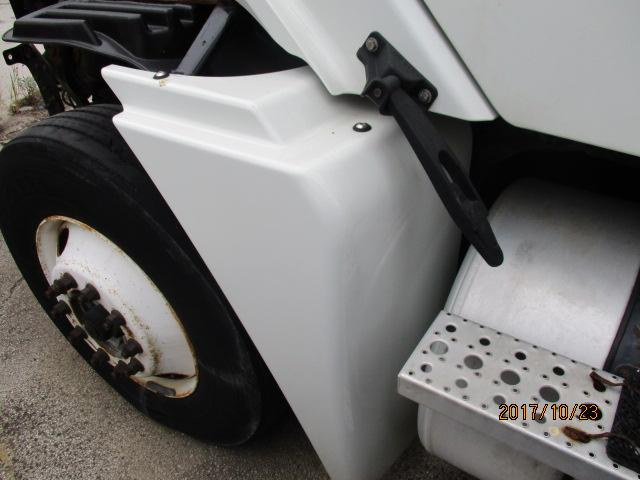 2007 FREIGHTLINER COLUMBIA 120 FENDER EXTENSION
