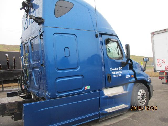 2013 FREIGHTLINER CASCADIA 125 WHOLE TRUCK FOR RESALE