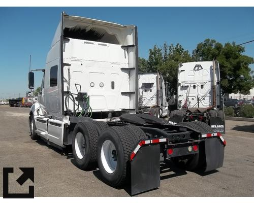 INTERNATIONAL PROSTAR WHOLE TRUCK FOR RESALE