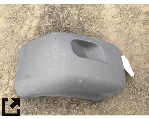 PETERBILT 579 BUMPER, END
